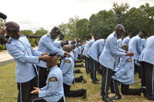 Remise béret Collège militaire Eyadéma